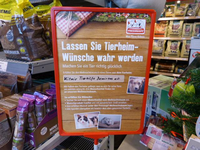 Weihnachtsbaum Kaufen Karlsruhe.Unser Geschenke Tannenbaum Im Fressnapf Karlsruhe Grünwinkel